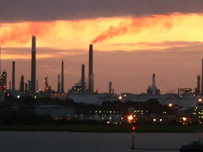 Mercury losses from the chlor-alkali industry